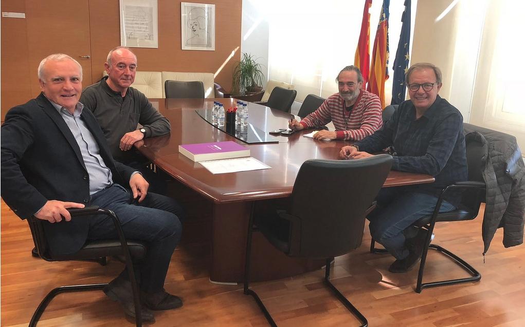 El secretari autònomic de Cultura i Esports amb la XVIII Assemblea d'Història de la Ribera